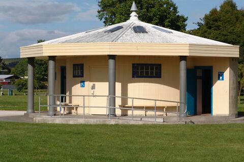 Anderson Park Public Toilets