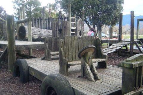 Takaka Memorial Reserve Playground