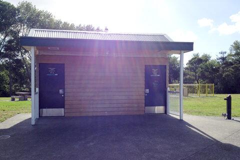 Tui Glen Reserve Public Toilets