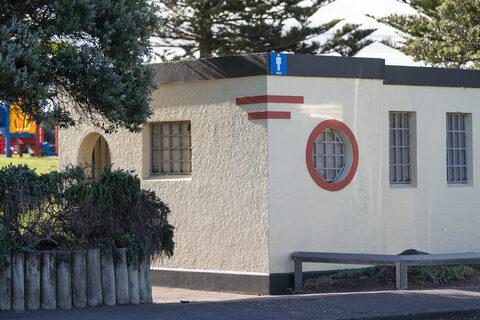 Castlecliff Domain Public Toilets