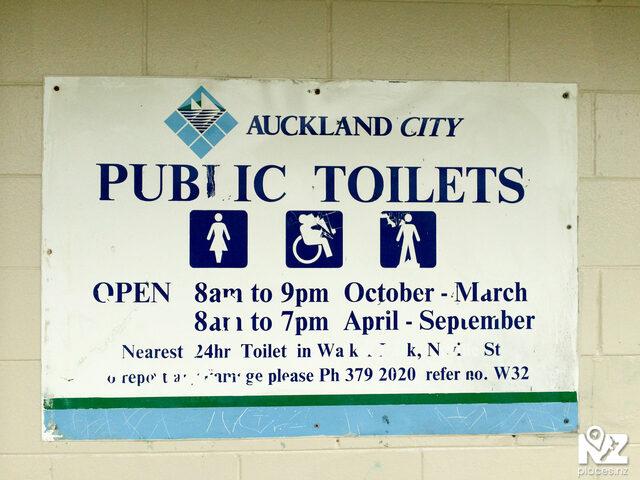 Eric Armishaw Park Public Toilets