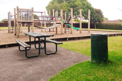 Featherstone Park Playground