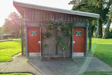 Henderson Valley Park Public Toilets