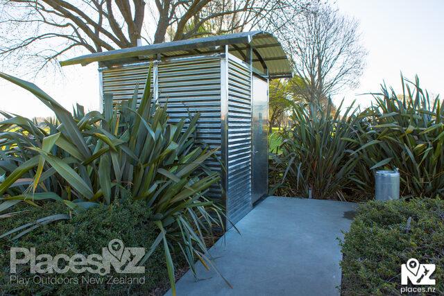 Tulett Park Public Toilets