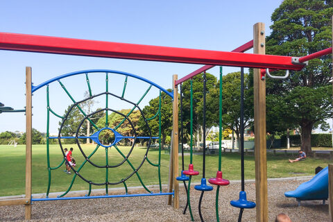 Mcleod Park Playground