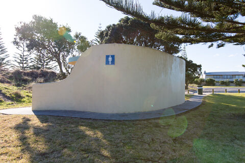 Island View Reserve Public Toilets