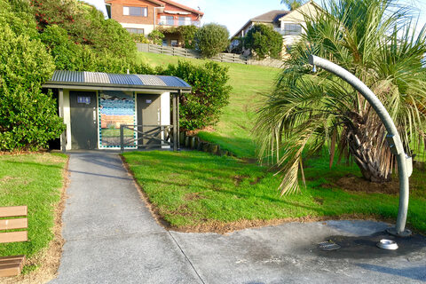 Sunburst Reserve and Tamatea Esplanade Reserve Public Toilets