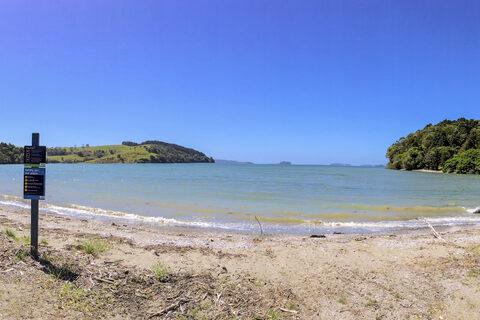 Baddeleys Beach Boatramp