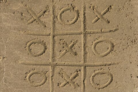 Beach Noughts and Crosses