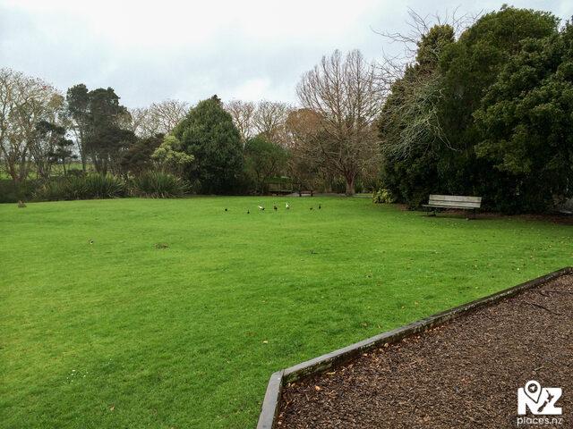 Waihoihoi Park