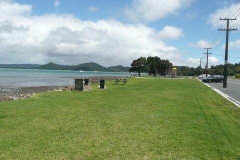 McLeod Bay  Playground