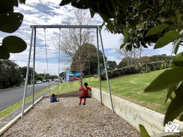 Leigh  Playground
