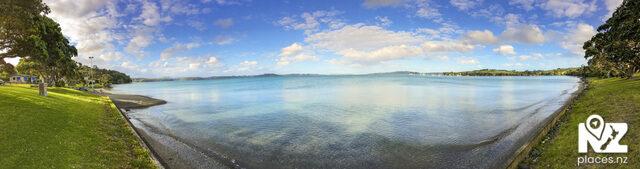 Algies Bay