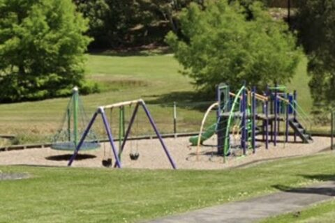 Beaumonts Park Playground