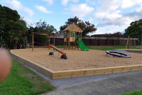 Te Atatu Peninsula Park Playground