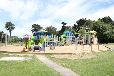 Trentham Memorial Park Playground