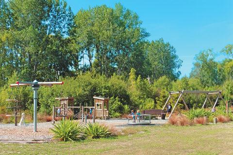 Groynes Park Playground